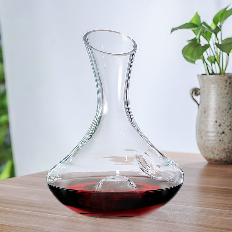 Finely Polished Glass Wine Decanter With Finger Hole Finger Hold Punt supplier